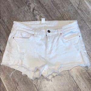 White, high rise, H&M ripped shorts!